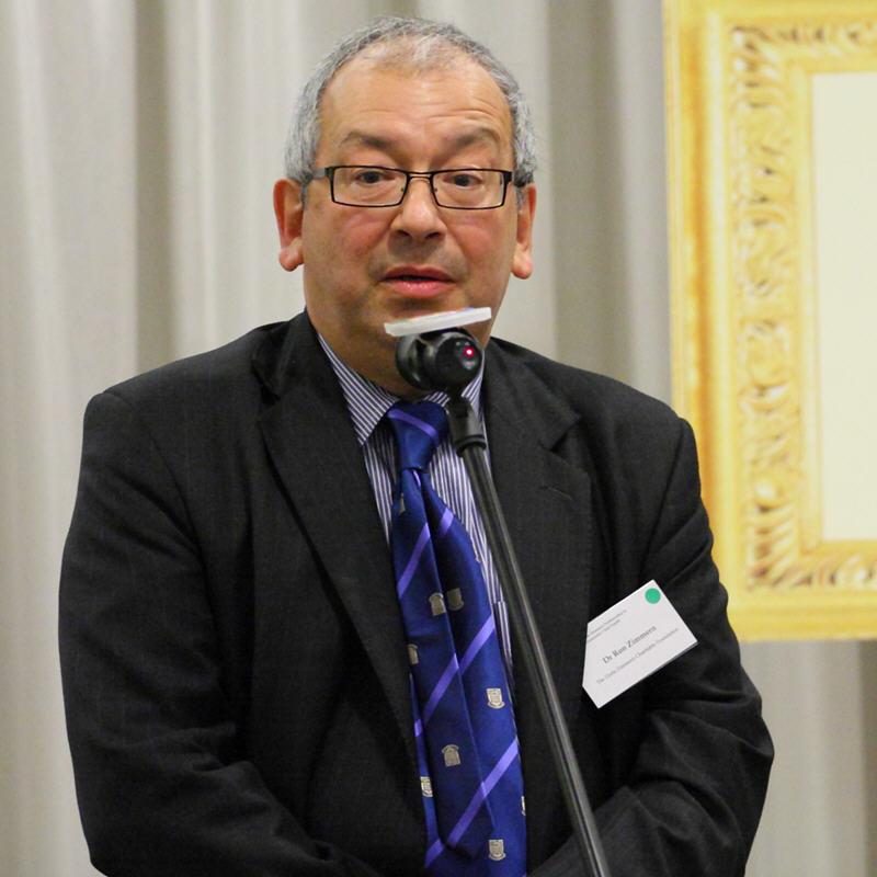 Dr Ron Zimmern