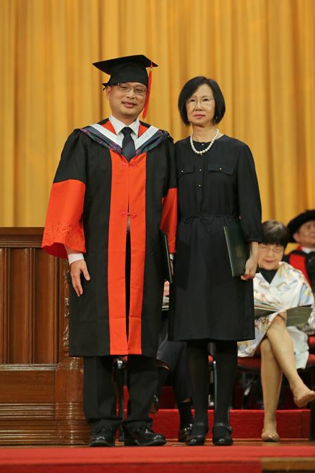 Clara and Lawrence Fok Professorship in Precision Medicine 霍廣文伉儷基金教授席 (精準治療)